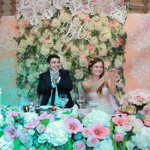 декоративное оформление президиума на свадьбу